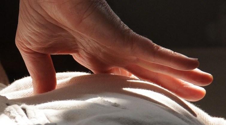 Benessum Andrea Ferioli Shiatsu massaggio trattamento funzionale digitopressione pollice